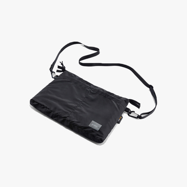 앤블랭크 Walking Bag (Black)
