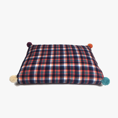 Relaxing Cushion_Pompom